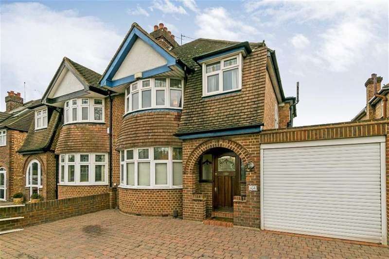 3 Bedrooms Semi Detached House for sale in Kingston Road, Ewell, Surrey