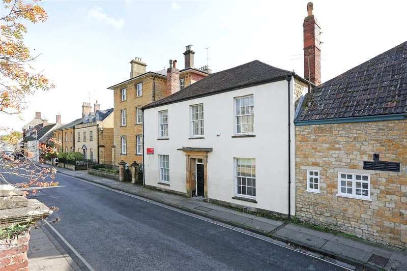 2 Bedrooms Semi Detached House for sale in Bute House, Long Street, Sherborne, DT9