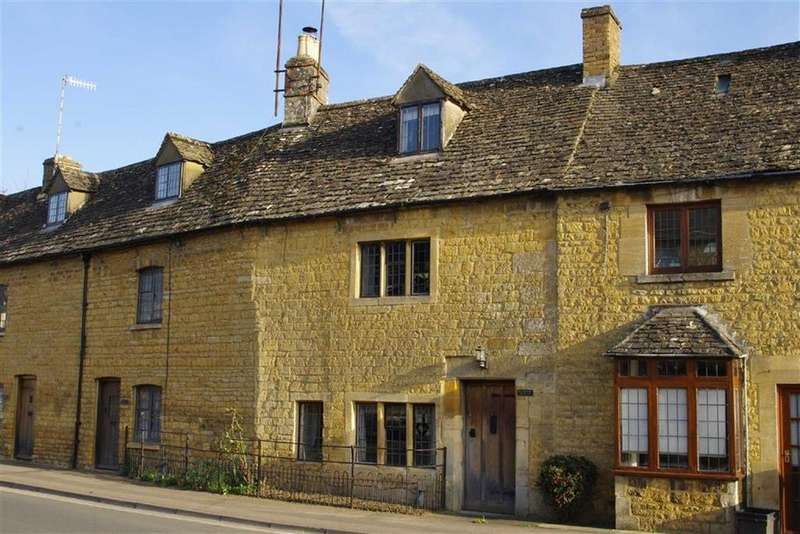2 Bedrooms Cottage House for sale in High Street, Bourton-on-the-Water, Gloucestershire