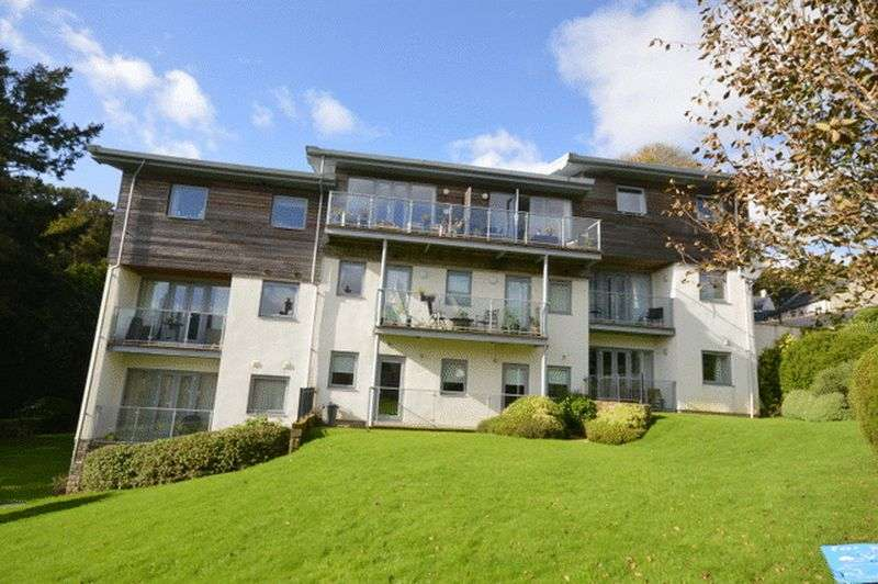 2 Bedrooms Property for sale in Woodland View Duporth, St Austell