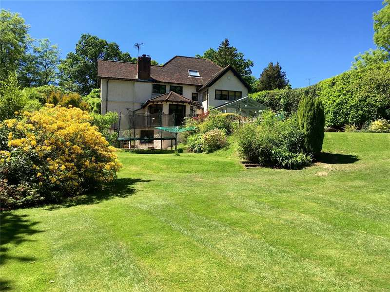 5 Bedrooms Detached House for sale in Holdfast Lane, Haslemere, Surrey, GU27