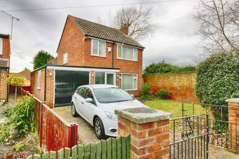 3 Bedrooms Detached House for rent in Woodland Road, Whitby, Ellesmere Port, CH65