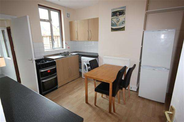3 Bedrooms House for rent in Buller Road, Brighton