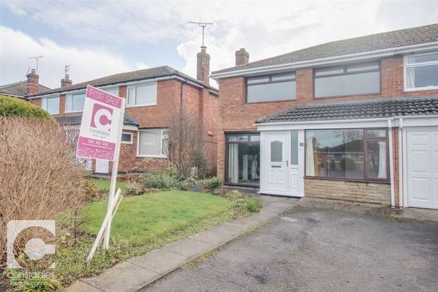 4 Bedrooms Semi Detached House for sale in Warwick Close, Neston, Cheshire
