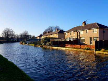 2 Bedrooms Semi Detached House for sale in Beaumont Place, Lancaster, Lancashire, LA1