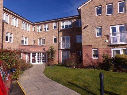 1 Bedroom Flat for sale in Roby Court, Twickenham Drive, Liverpool, Merseyside, L36