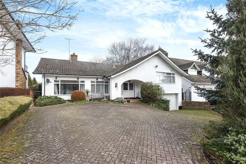 3 Bedrooms Detached Bungalow for sale in Lynwood Heights, Rickmansworth, Hertfordshire, WD3