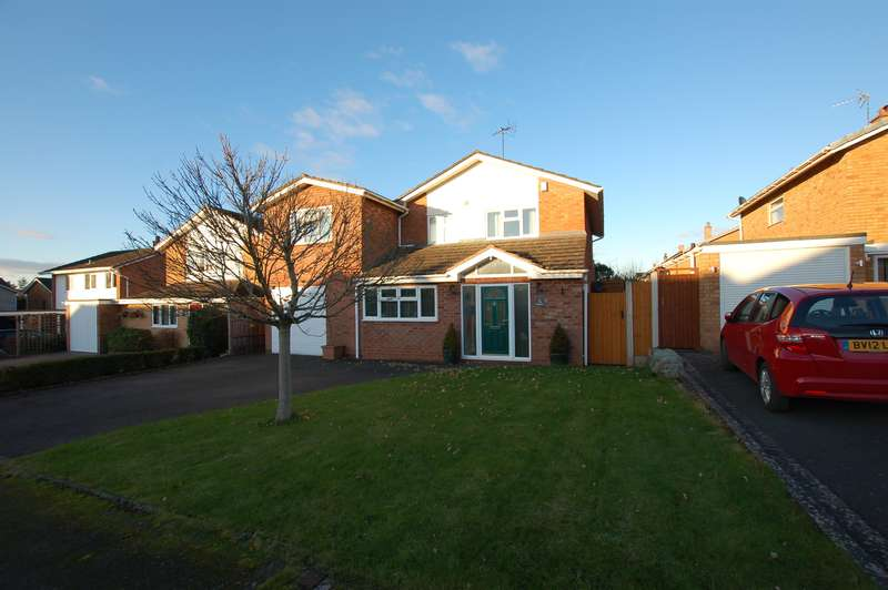 4 Bedrooms Detached House for sale in Ferndale Park, Pedmore, DY9 0RB