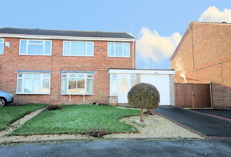 3 Bedrooms Semi Detached House for sale in Launceston Close, Tamworth, B77 2JB