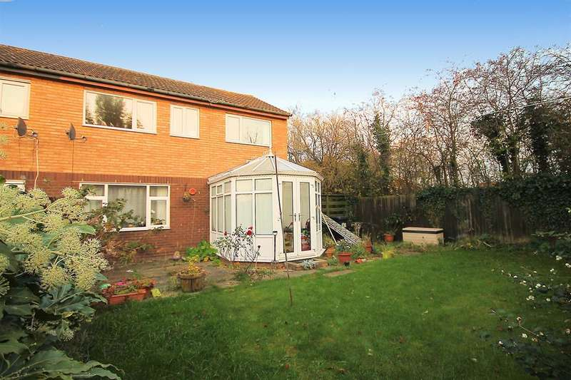 3 Bedrooms End Of Terrace House for sale in Eringden, Wilnecote, Tamworth, B77 4DB