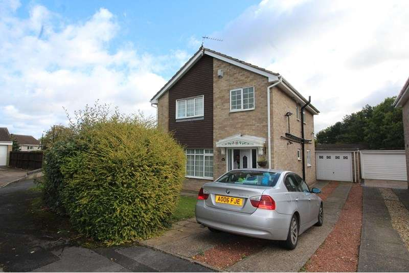 4 Bedrooms Property for sale in Ponteland Close, Oxclose, Washington, Tyne and Wear, NE38 0NX