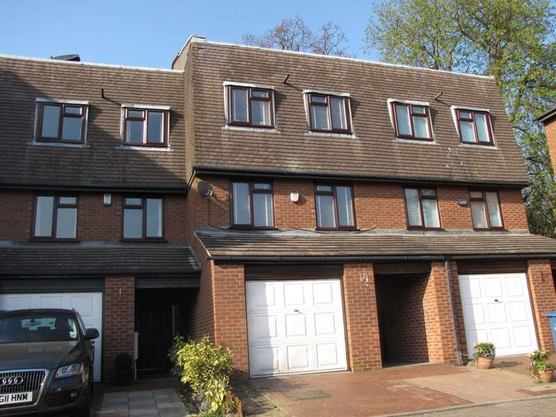 4 Bedrooms Terraced House for rent in Harrow Fields Gardens, off Sudbury Hill, Harrow on the Hill, HA1