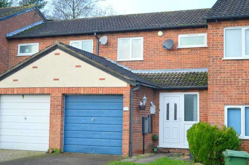 2 Bedrooms Terraced House for sale in Sorrel Close, Luton, LU3 4AE