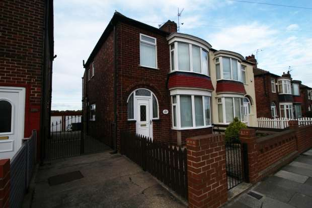 3 Bedrooms Semi Detached House for sale in Thames Road, Redcar, Cleveland, TS10 1QE