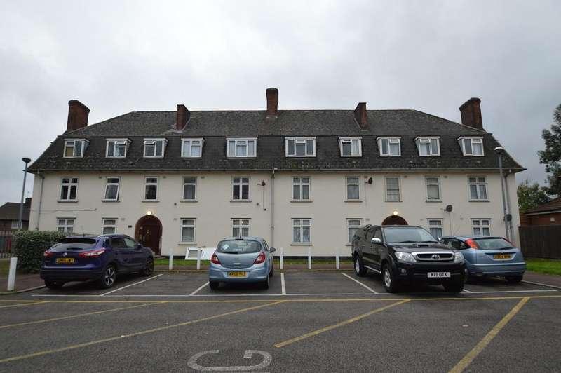 1 Bedroom Apartment Flat for sale in Moore Crescent, Dagenham