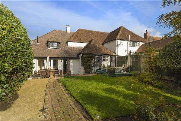 5 Bedrooms Semi Detached House for sale in The Ship Inn, 73 The Street, Boughton-under-Blean