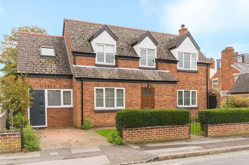 3 Bedrooms Property for sale in York Road, Headington, Oxford