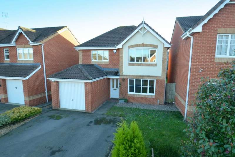 4 Bedrooms Detached House for sale in Soane Close, Wellingborough, NN8