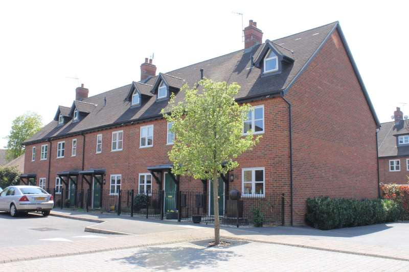 3 Bedrooms Town House for rent in Barnes Wallis Avenue, Christs Hospital