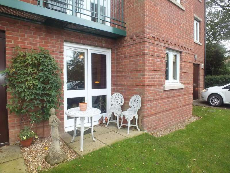 1 Bedroom Ground Flat for sale in Georgian Court, Spalding