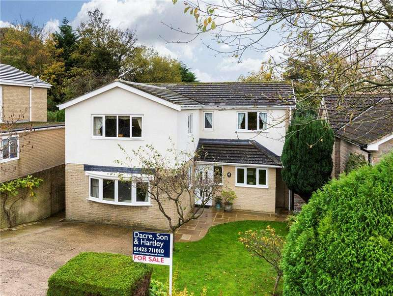 4 Bedrooms Detached House for sale in Harewell Close, Glasshouses, Harrogate, North Yorkshire