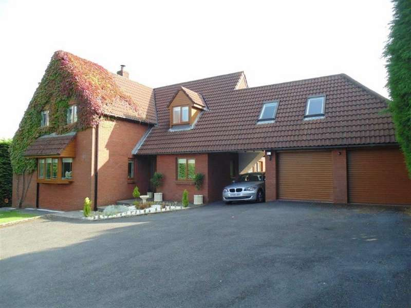 5 Bedrooms Detached House for sale in Tudor Court, Llanedi