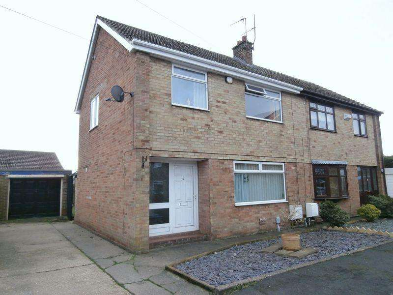 3 Bedrooms Semi Detached House for sale in Damson Road, Thorngumbald
