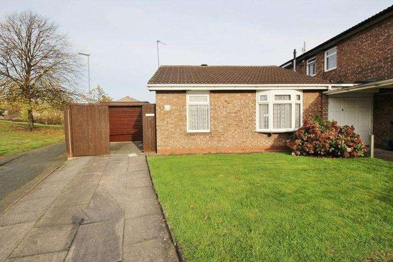 2 Bedrooms Bungalow for sale in Shoreham Close, Willenhall