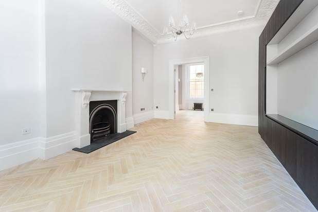 2 Bedrooms Flat for sale in Kensington Gardens Square, London, W2