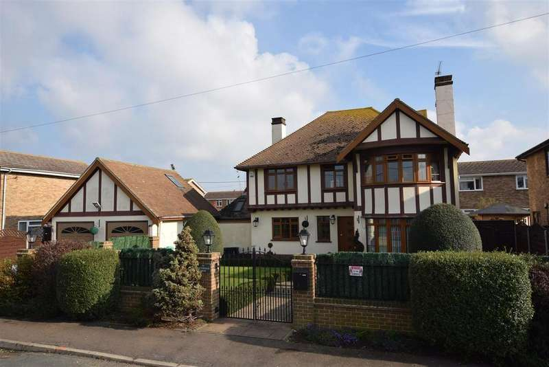 4 Bedrooms Detached House for sale in Southfalls Road, Canvey Island