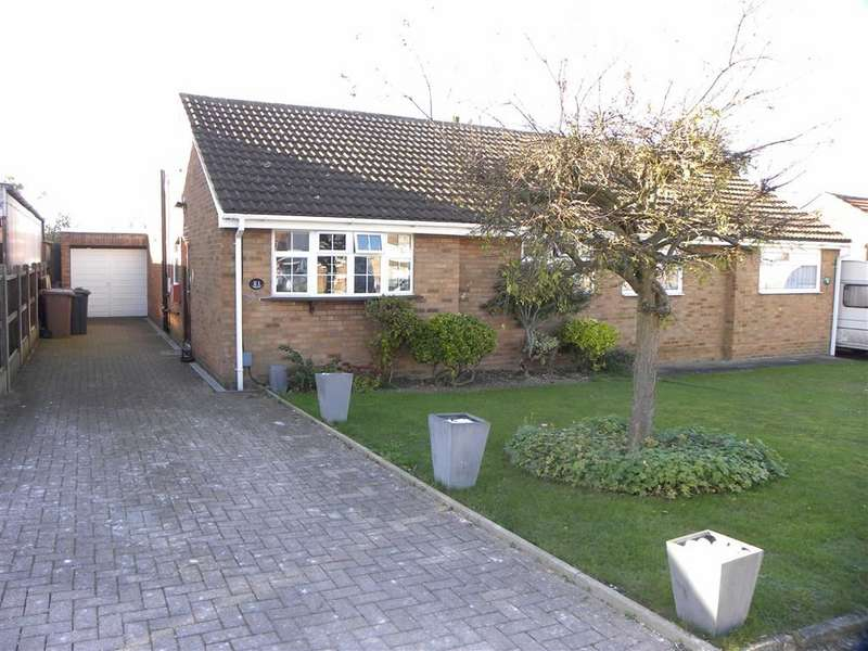 2 Bedrooms Semi Detached Bungalow for sale in Bakewell Close, Luton, Bedfordshire, LU4