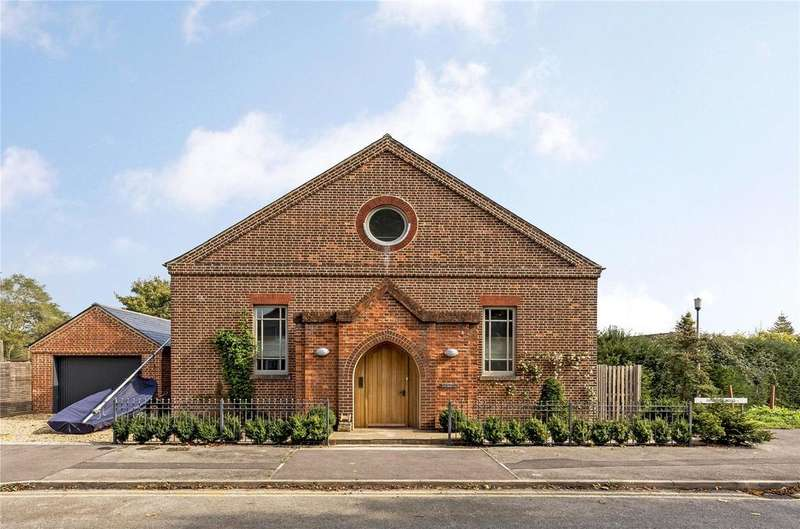 4 Bedrooms Detached House for sale in Dempsey Road, Chichester, West Sussex