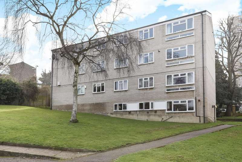 2 Bedrooms Flat for sale in Beaumont Road, Southfields