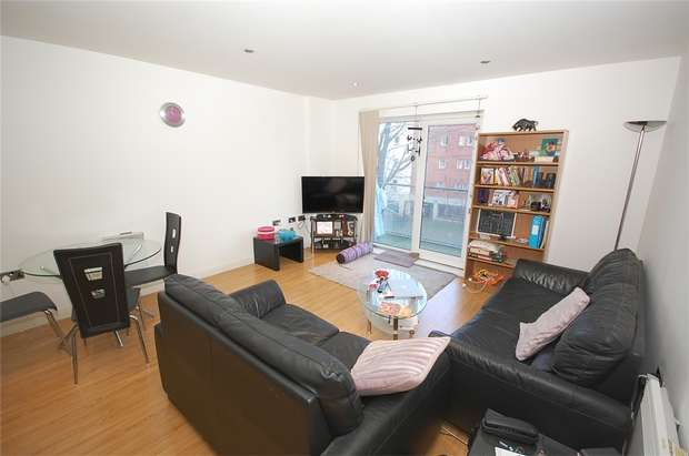 2 Bedrooms Flat for sale in Taylorson Street South, SALFORD, Greater Manchester