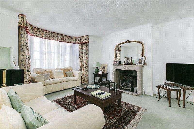 4 Bedrooms Semi Detached House for sale in Christchurch Street, Chelsea