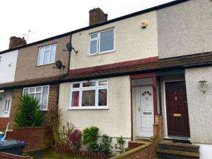 3 Bedrooms Terraced House for sale in Mildred Close, Dartford, Kent
