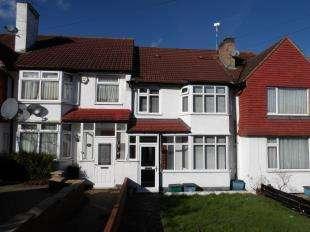 3 Bedrooms Terraced House for sale in Sundale Avenue, Selsdon, South Croydon, Surrey