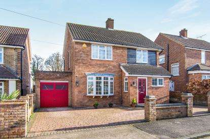 4 Bedrooms Detached House for sale in Grays, Essex, .