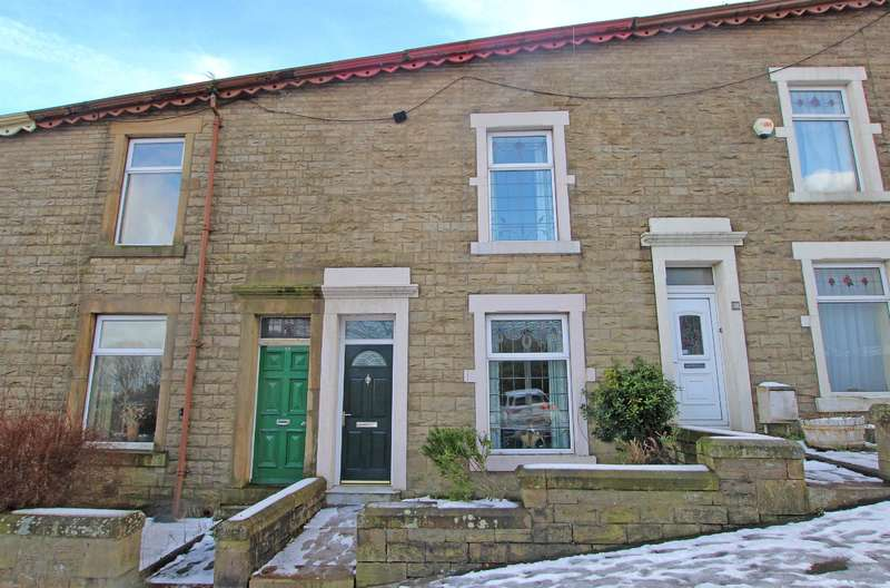 3 Bedrooms Terraced House for sale in Ashworth Terrace Darwen BB3 2RT
