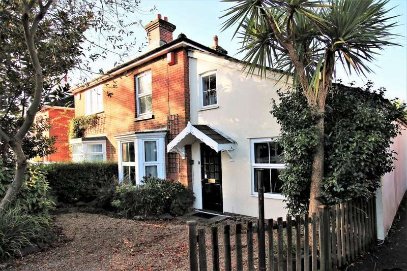 4 Bedrooms Semi Detached House for sale in Bitterne Village, Southampton
