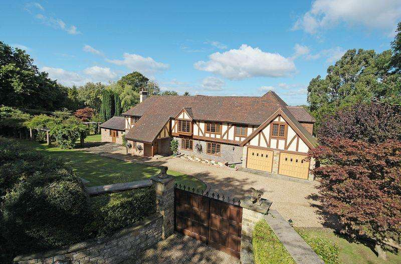 5 Bedrooms Detached House for sale in Ashdown Forest, Fairwarp, East Sussex