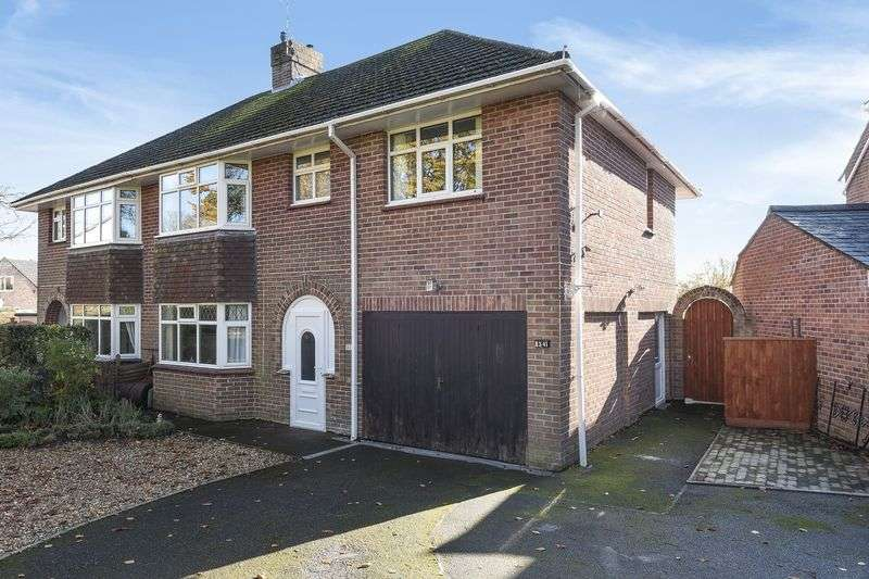 4 Bedrooms Property for sale in Manor Road, Dorchester