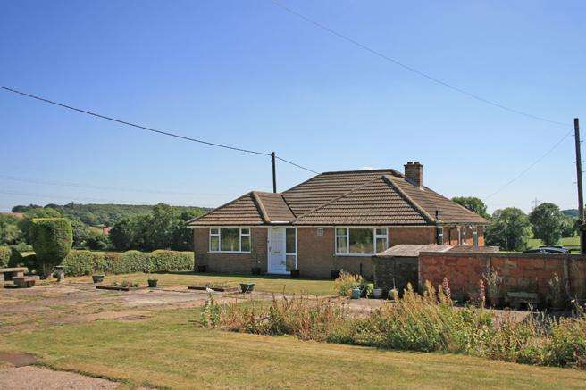 3 Bedrooms Detached Bungalow for sale in Delamere, Norwell Road, Caunton, Nottinghamshire NG23 6AQ