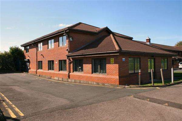 Office Commercial for rent in Newport Road, Office Space TO-LET Newport Road, Albrighton, Wolverhampton