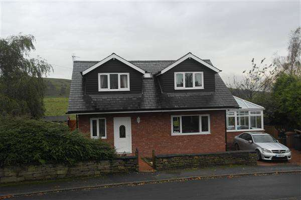 4 Bedrooms Detached House for sale in Whitfield Crescent, Newhey