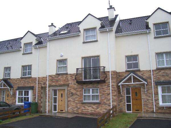 4 Bedrooms Terraced House for sale in 27 Featherbed Glade