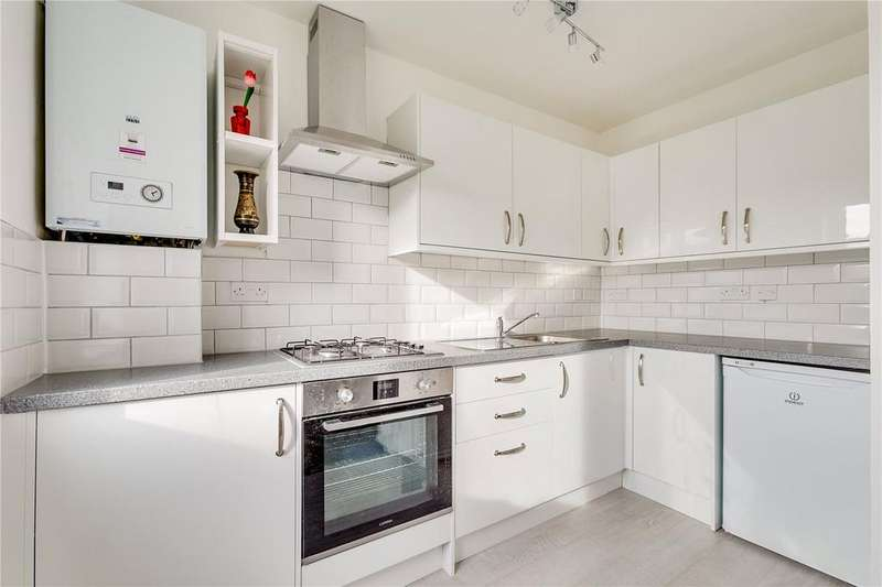 2 Bedrooms Flat for sale in St. Ann's Hill, Wandsworth, London