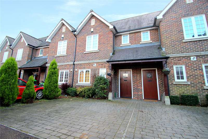 2 Bedrooms Terraced House for sale in Upper Lodge Way, Coulsdon, Surrey