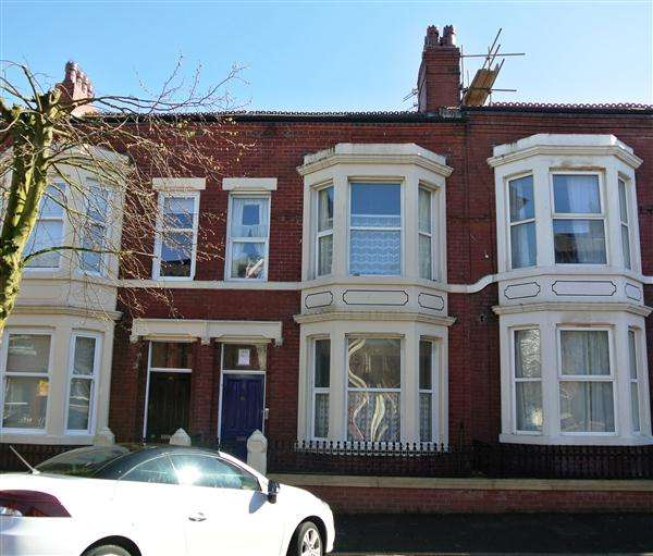4 Bedrooms Property for sale in Bold Street, Fleetwood