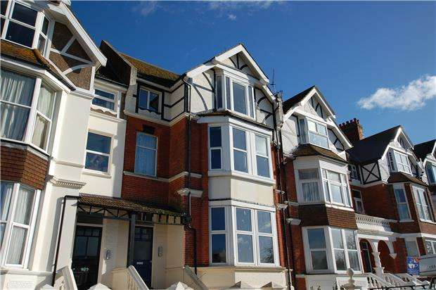 2 Bedrooms Flat for sale in Park Road, BEXHILL-ON-SEA, East Sussex, TN39 3HY
